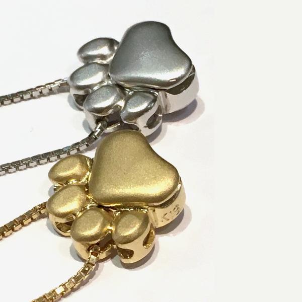 ペットとの思い出を入れて肌身につけたいかた向けネックレス(ゴールド&シルバー)1