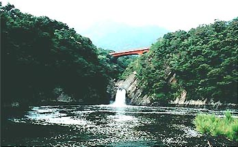 Waterfall of toroki